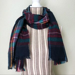 D&Y Plaid Scarf with Tassels Navy Blue, Green, Red